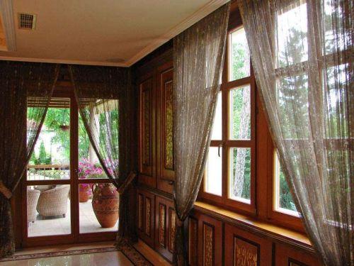 macesnova lesena okna v sloveniji