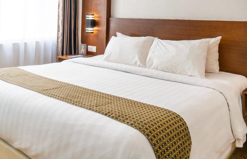 Lesene postelje po naročilu